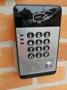 Fanvil-door-entry-intercom